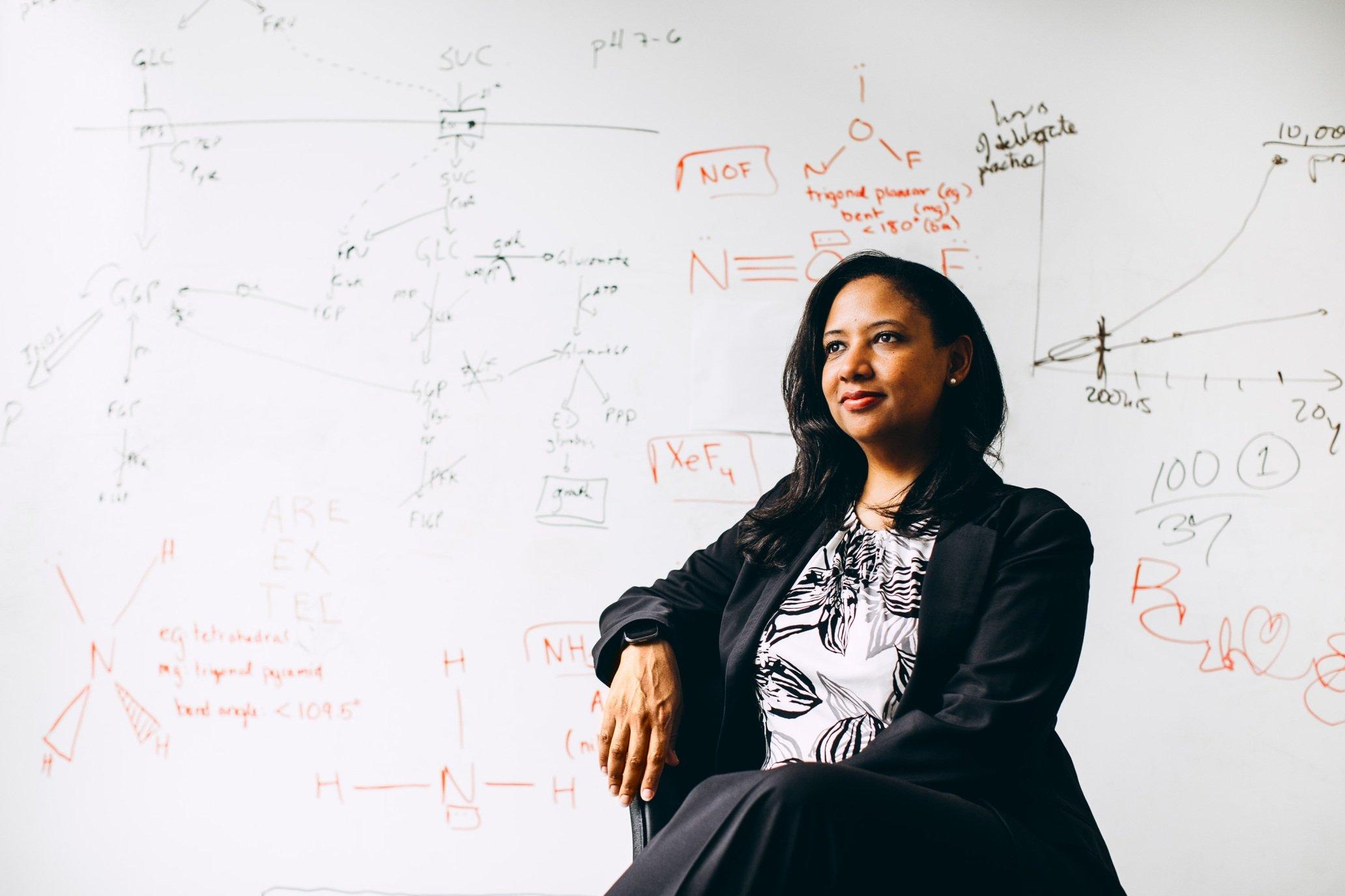 Professor Kristala Jones Prather '94